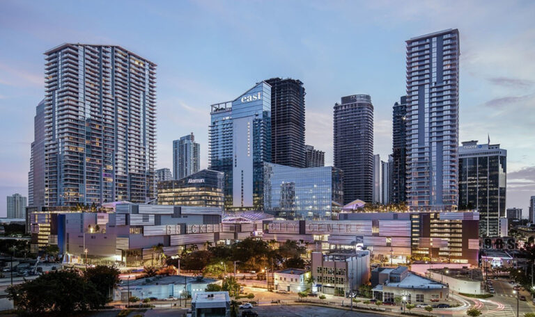 Brickell City Centre<div style='clear:both;width:100%;height:0px;'></div><span class='cat'>Private Sector</span>